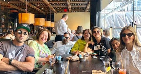 ranbir kapoor enjoy lunch with family in new york