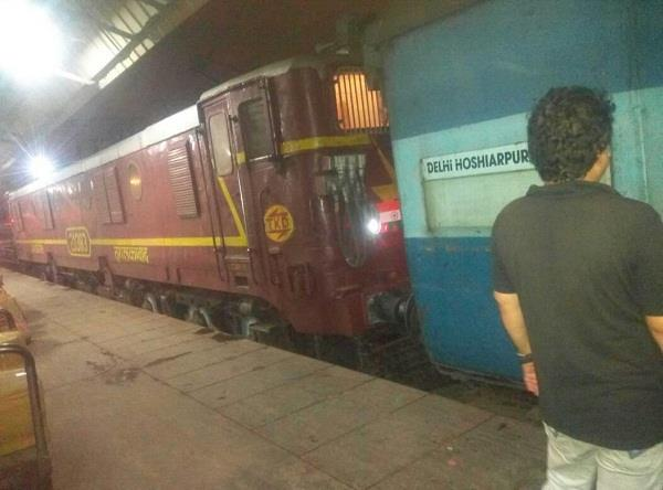 railway accident in khanna collapses