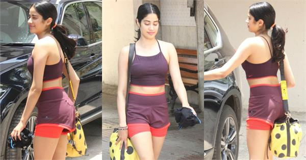 janhvi kapoor flaunts her toned body in latest pictures