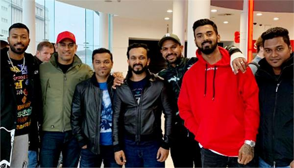 indian cricket team watches salman khan film bharat in england