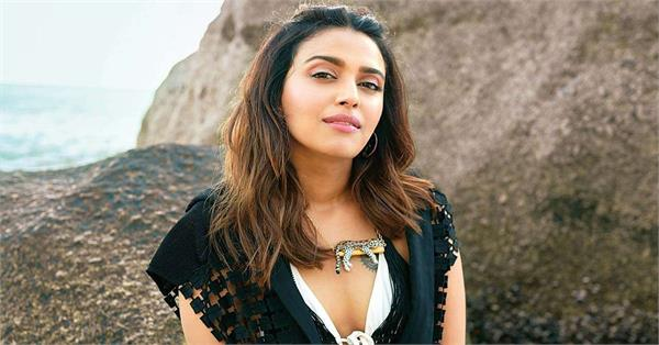 swara bhasker appreciates pakistani trolls