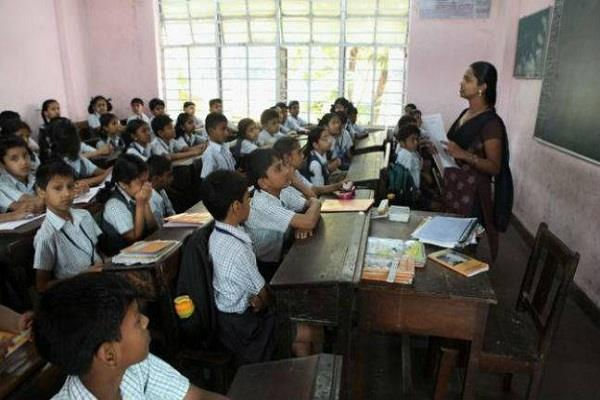 government to introduce dress code for himachal teachers