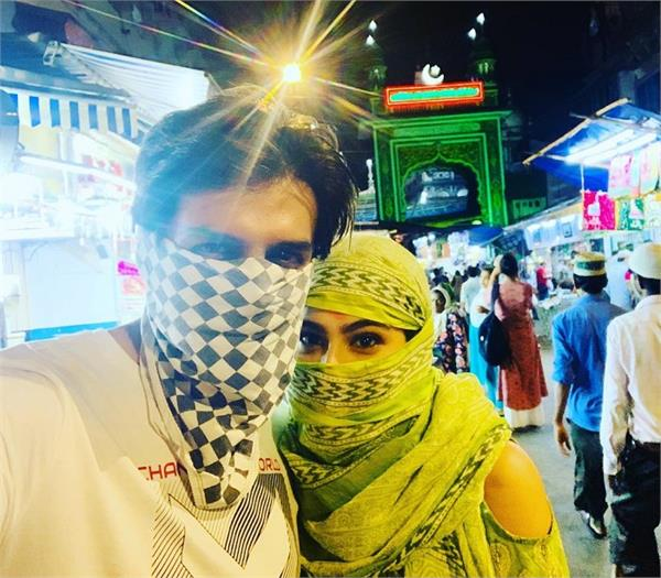 actress sara ali khan in shimla with kartik aaryan photo viral