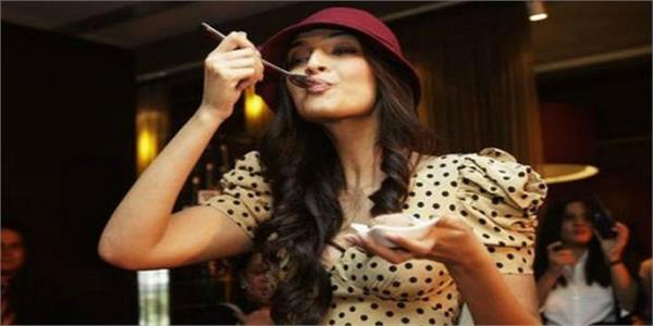 from age of 17 sonam has a diabetic diet is kept on the control of the disease