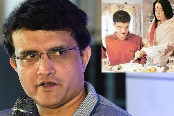 sourav ganguly s mother hospitalised with heart ailment