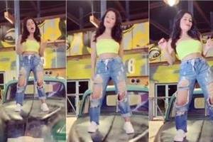 neha kakkar dance on dheeme dheeme song