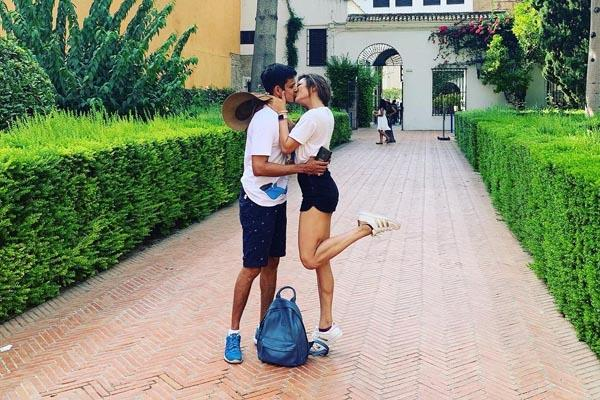 drashti dhami neeraj khemka romantic pictures