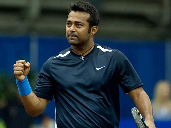 paes and daniel jodi reach the semi finals of hall of fame open