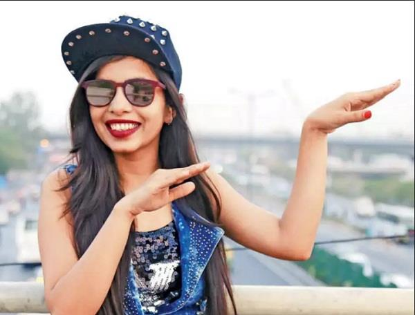 dhinchak pooja new song is on youtube