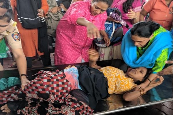 passenger women delivered a baby boy on a platform