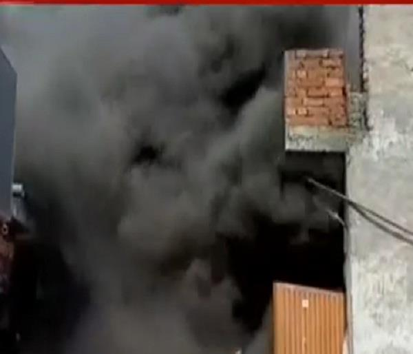 fire in electronic shop