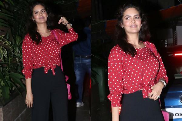 esha gupta spotted at juhu