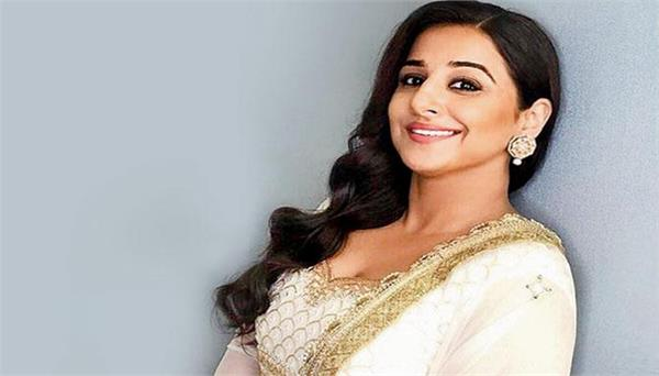 vidya balan and roni skruwala join hands for this