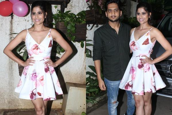 sai tamhankar attend girlfriend movie special screening