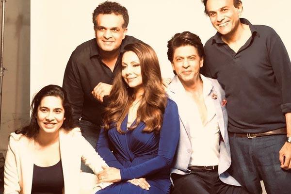 shahrukh khan shoot advertisement with wife gauri khan