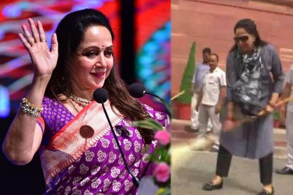 hema malini joins cleanliness drive at parliament