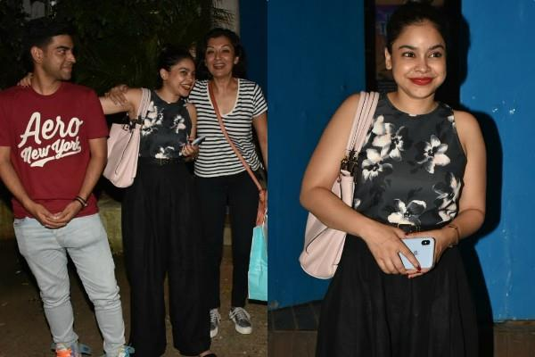 sumona chakravarti spotted outside the restaurant