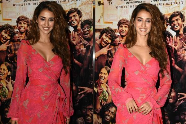 disha patani at super 30 screening