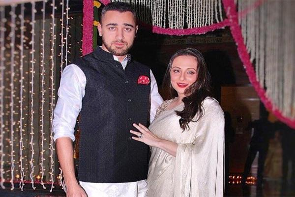 imran khan sent sorry card to wife avantika malik on her birthday