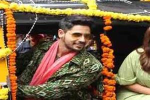 on the song lounch of jila hilela preeniti and siddhrath gets appreciation