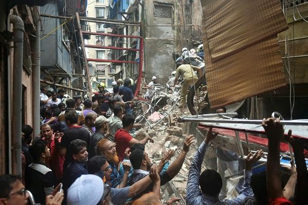 mumbai building collapses