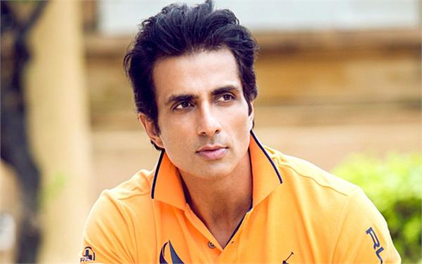 bollywood actor sonu sood to play arjun in kannada film kurukshetra