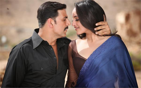 sonakshi sinha saying about akshay kumar