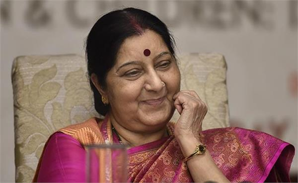 bollywood celbs tweet on sushma swaraj death