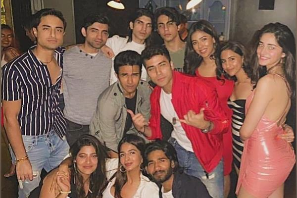 ananya panday party with aryan khan