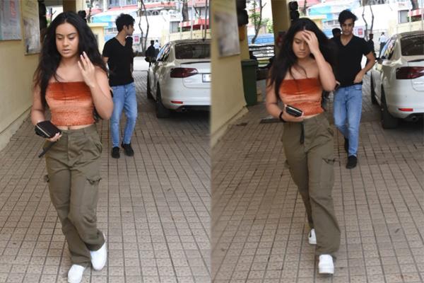 ऑफ शोल्डर टॉप में दिखीं अजय की बेटी न्यासा, सामने आईं ऐसी तस्वीरें