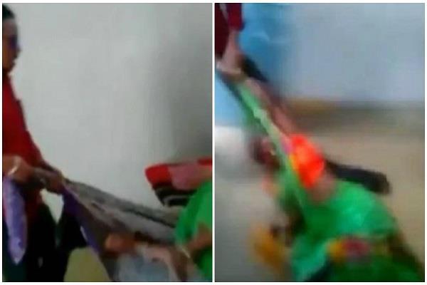 misbehaved with a cleaner at barwani kanya ashram in kore