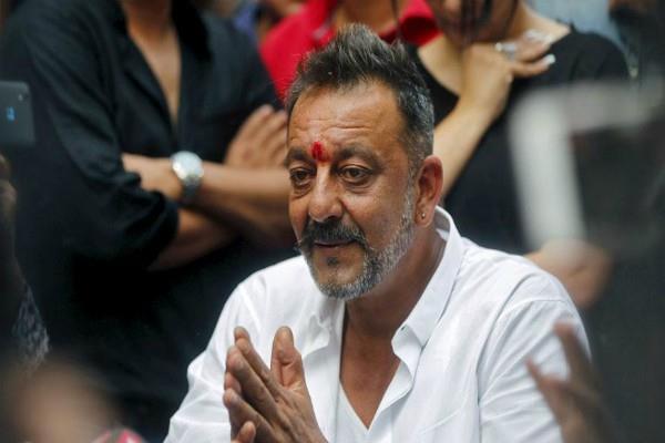 sanjay dutt refuses to enter politics
