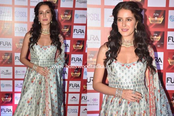 katrina kaif sister isabelle kaif looks stunning as she attends event