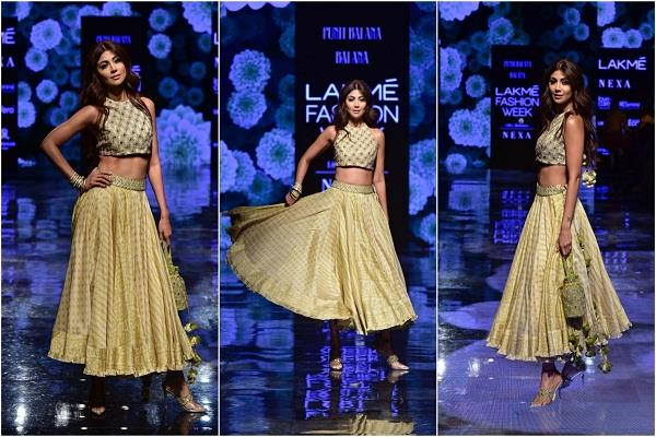 shilpa shetty stunning rampwalk at lakme fashion week