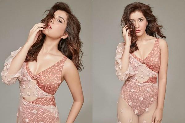 rashi khanna bikini photoshoot