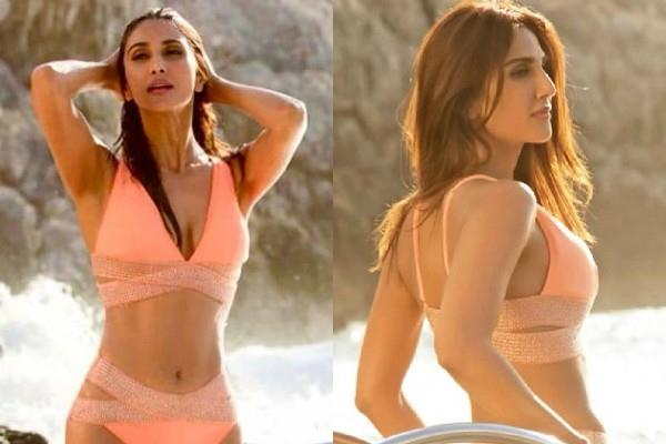 vaani kapoor shares her bikini pictures on instagram