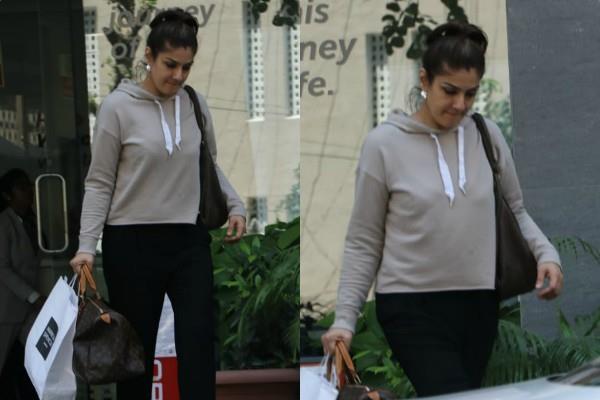 raveena tandon spotted outside hospital