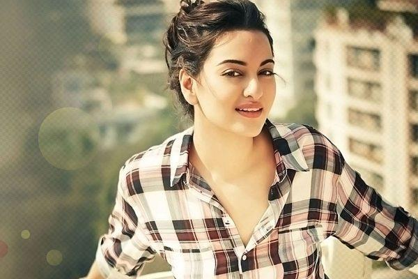 sonakshi sinha completed her nine year in bollywood industry