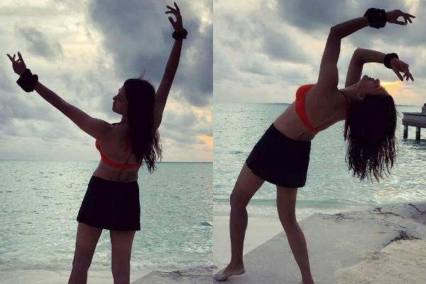 sushmita sen flaunts her toned body in crop top near maldives beach
