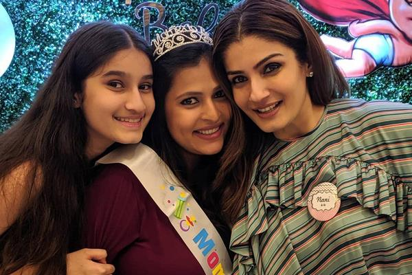 raveena tandon host baby shower party for daughter chhaya see pictures