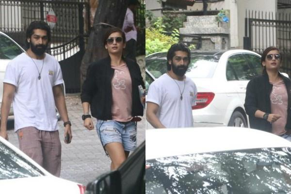 akshara haasan spotted at bandra with mystery man