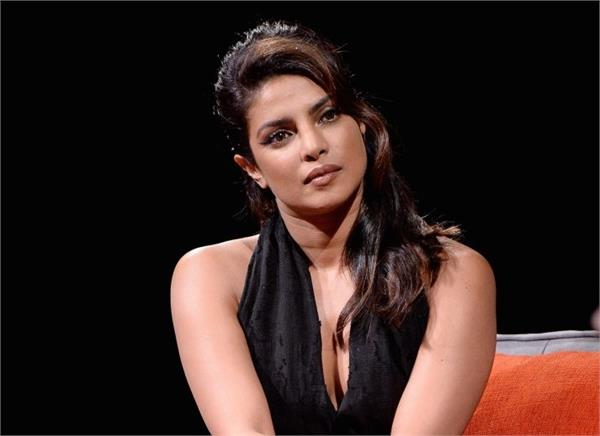 priyanka chopra cried during the sky is pink premiere in toronto film festival