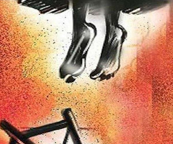 woman harassed for dowry hanged after 2 years of marriage