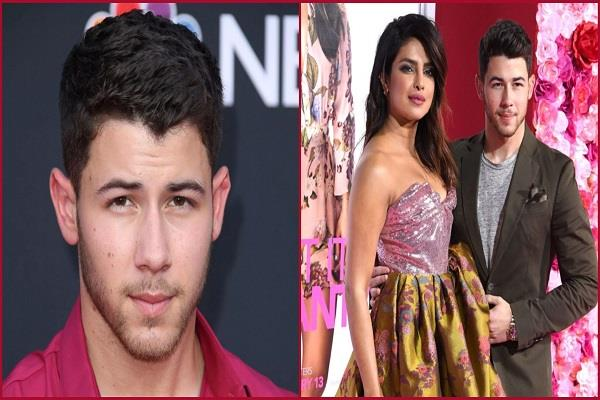 billionaire singer nick jonas affair to 10 years older women