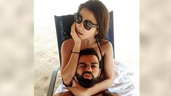 kohli shares sexy picture with wife anushka fans said super couple