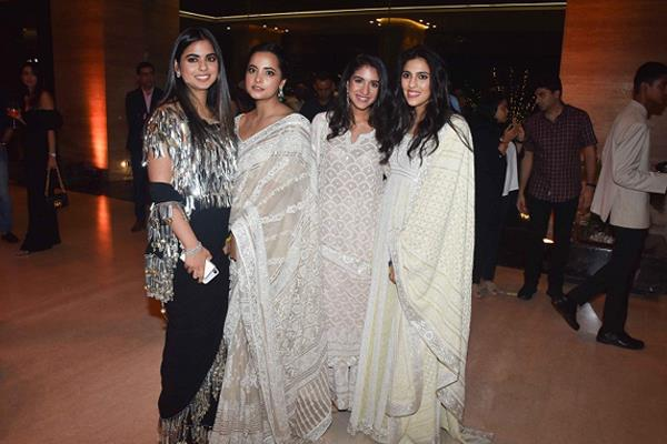 isha ambani attend fashion show with shloka mehta and radhika merchant