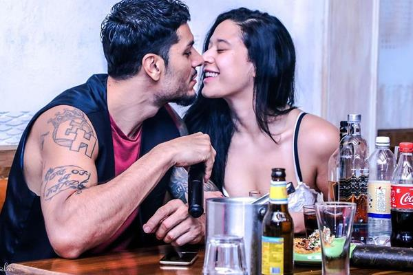 jackie shroff daughter krishna shroff share pictures with boyfriend eban hyam