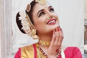 yuvika chaudhary indian classical look
