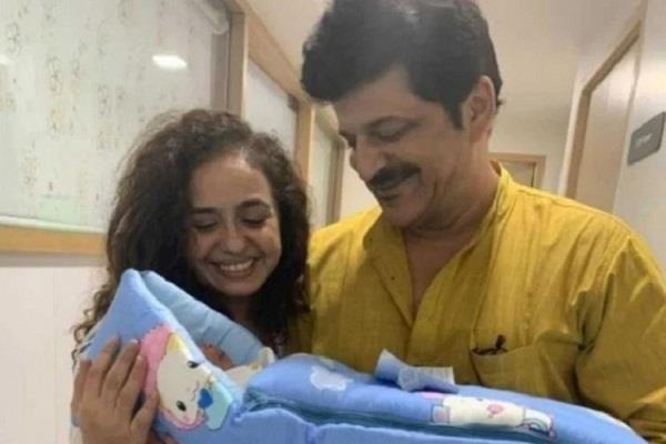52 years old rajesh khattar become father after 3 miscarriage and 3 surrogacy