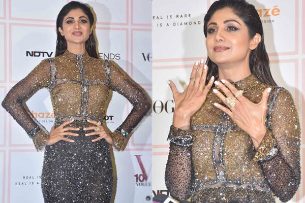 shilpa shetty rocked at the black and golden gown on the black carpet see pics